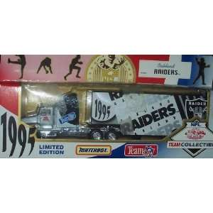 Oakland Raiders NFL Diecast 1995 Tractor Trailer Football