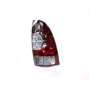 OE Replacement Toyota Tacoma Passenger Side Taillight