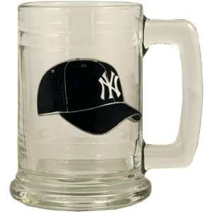 New York Yankees 16oz. Team Logo Glass Tankard Sports